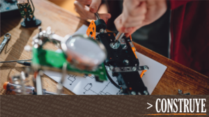 Construye manifiesto maker